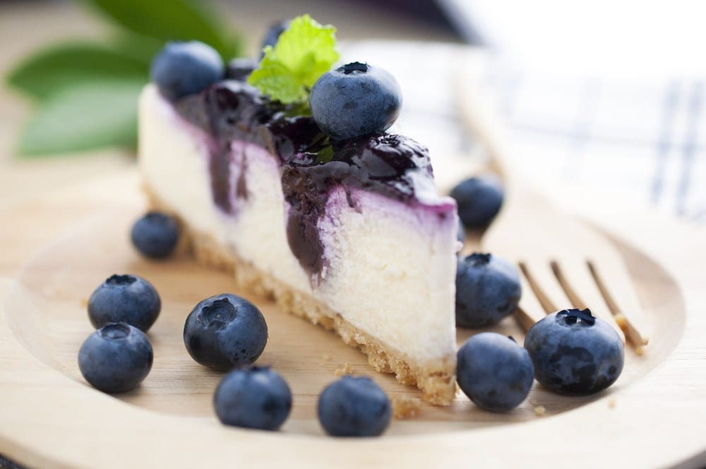 Classic Blueberry Cheesecake