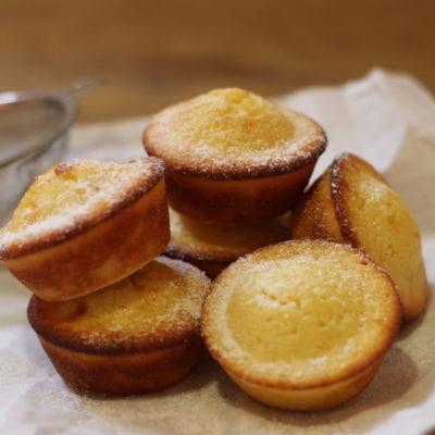 Recipe for vanilla muffins on kefir