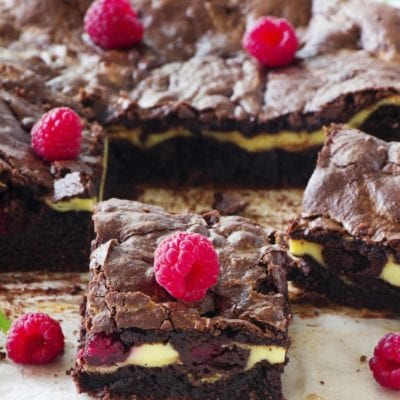 Easy dark and white chocolate brownies recipe