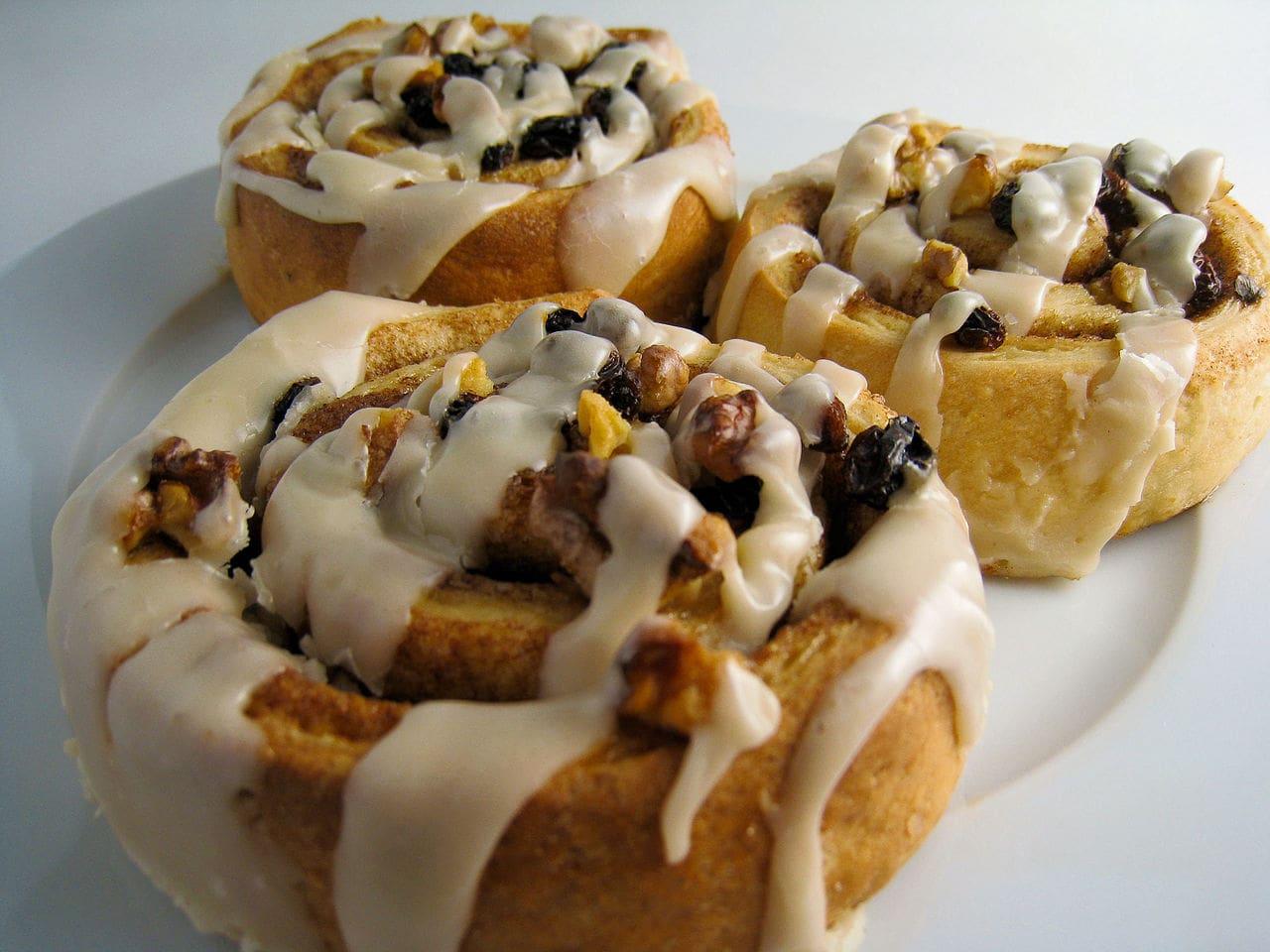 Vegan cinnamon and pecan pastries